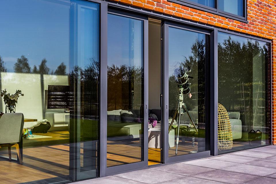 Aluminiowe drzwi przesuwne tarasowe Yawal
