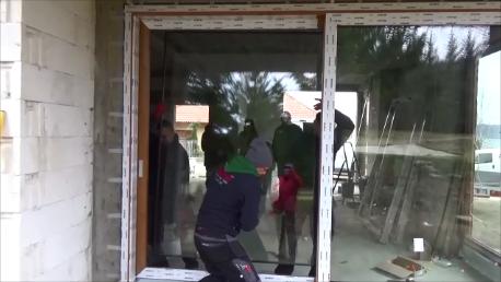 Szeklenie części przesuwnej drzwi balkonowych HST