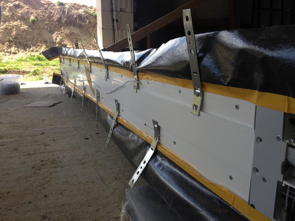 Przygotowanie drzwi tarasowych AdamS HST Passiv Corner View do montażu