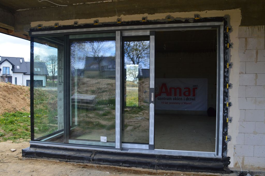 Zamontowane drzwi przesuwne AdamS HST Passiv Corner View