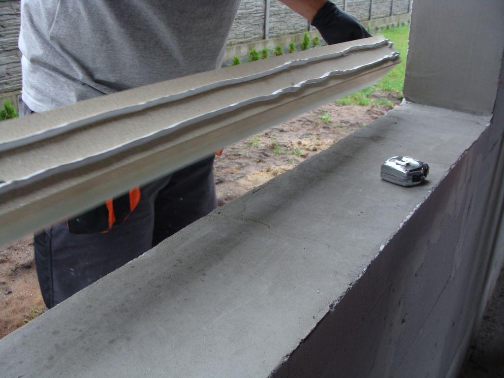 Element ramy nośnej ISO-TOP WINFRAMER z warstwą kleju mocującego
