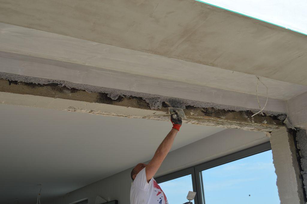 Wyrównywanie ścian ościeża po demontażu drzwi balkonowych HST