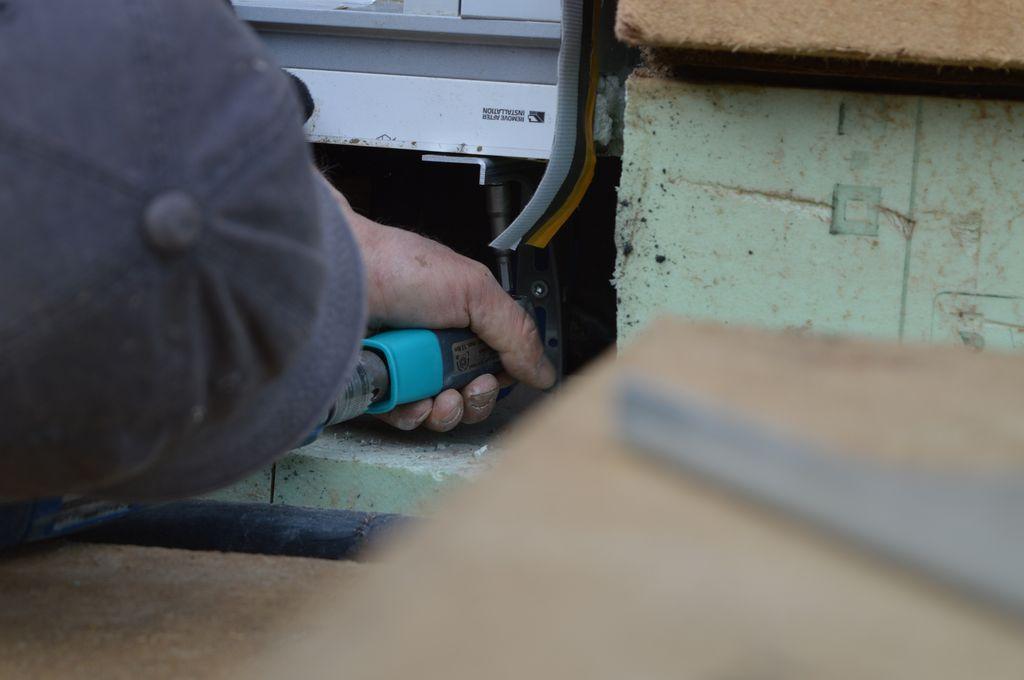 Mocowanie konsoli SLW do elementów poszerzeń systemowy za pomocą nasadki kątowej 90°