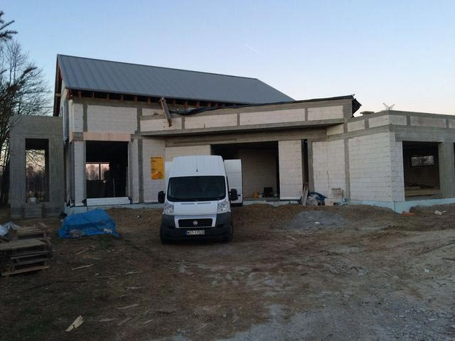 Plac budowy w Nieporęcie elewacja budynku