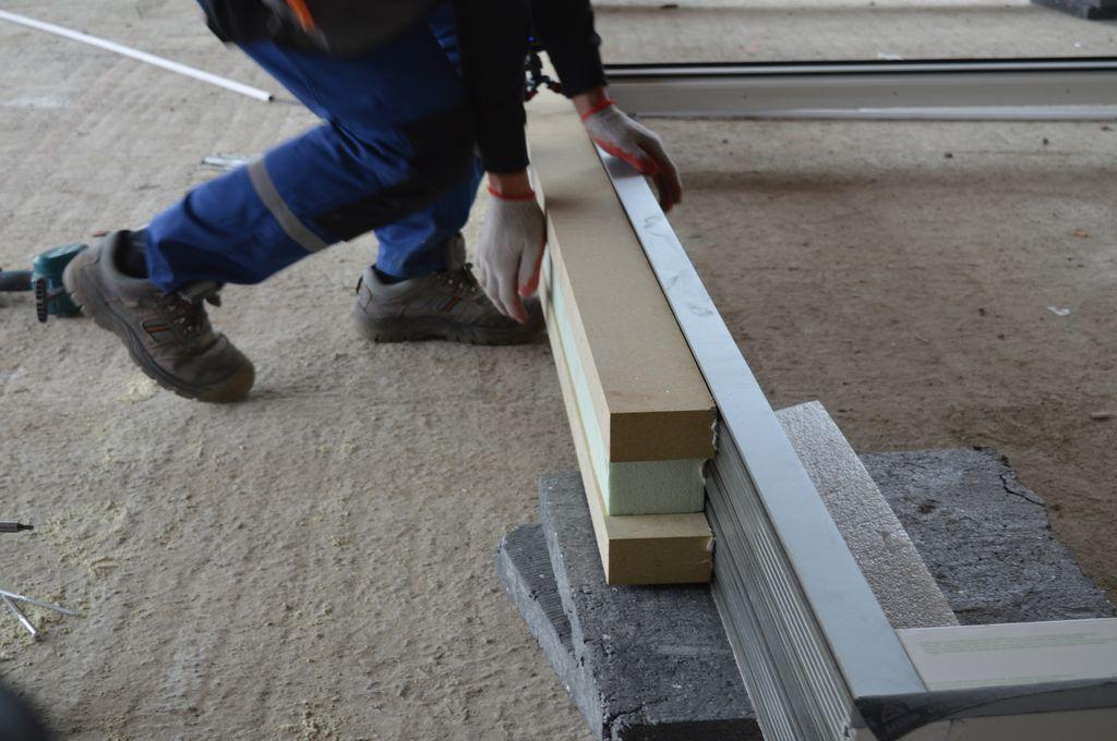 Stopa montażowa stanowiąca element podwaliny pod drzwi tarasowe HST