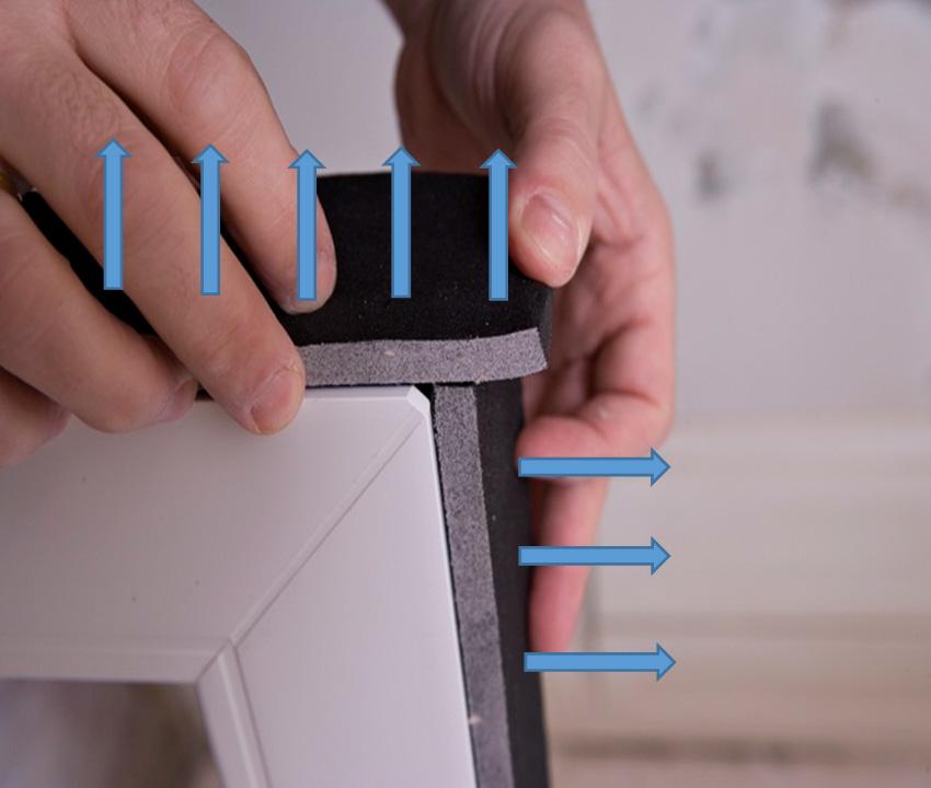 Prawidłowy sposób łączenia ze sobą taśm rozprężnych w narożniku okna