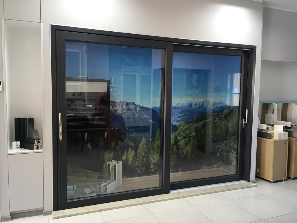 Drzwi balkonowe HST unoszono-przesuwne w pozycji zamkniętej