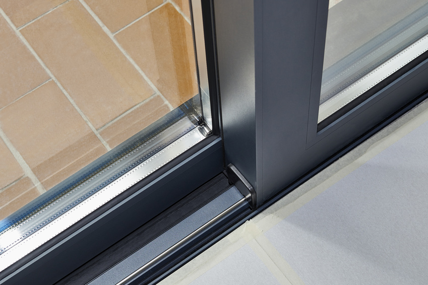 Przesuwne drzwi balkonowe HST