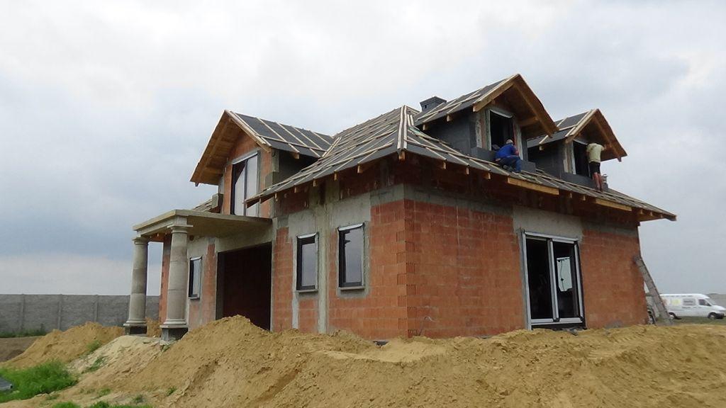 Dom jednorodzinny wznoszony z pustaków ceramicznych elewacja południowa
