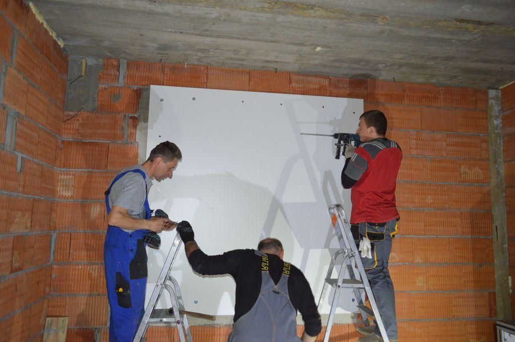 Budowa improwizowanej komory ciśnieniowej na placu budowy