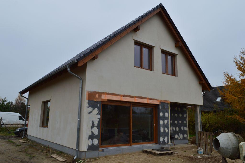 Dom jednorodzinny, w którym odbyły się badania szczelności montażu okien na piankę