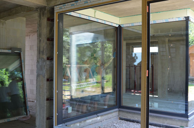 Zestaw okien narożnych z glass cornerem
