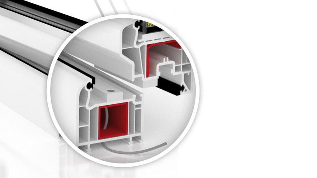 Kontaktron w oknie PVC