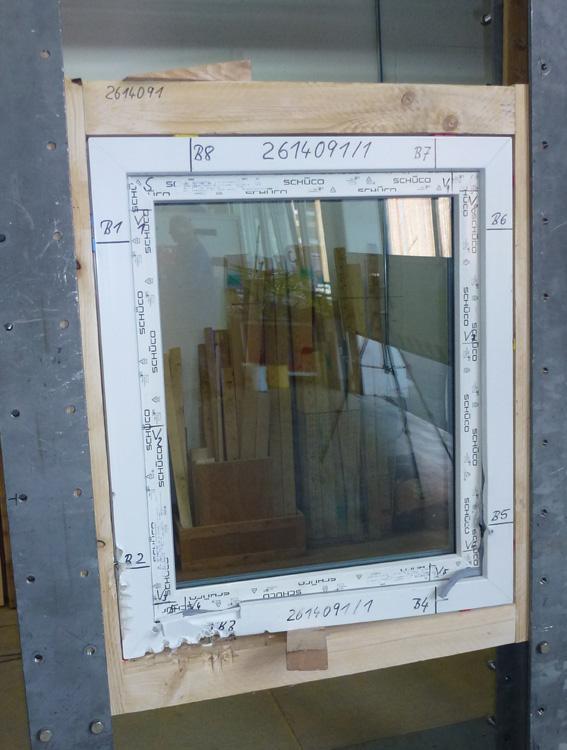 Okno po badaniu wkrętów ościeżnicowych EJOT