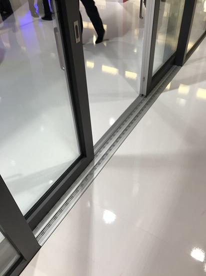 Drzwi unoszono-przesuwne HST 85mm fixframe z niskim progiem