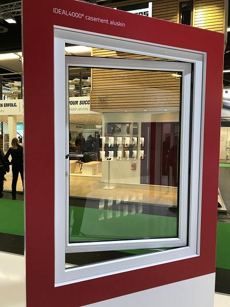 Ideal 4000 Casement okna otwierane na zewnątrz