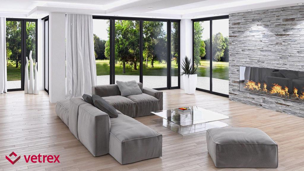 Antracytowe okna panoramiczne w salonie