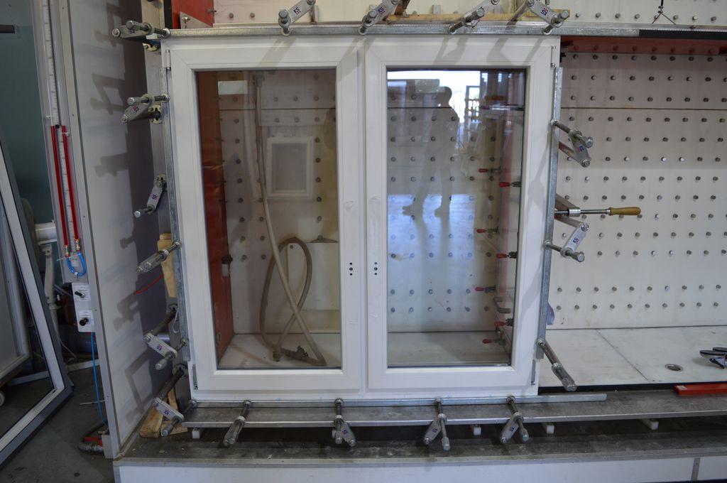 Okno dwuskrzydłowe ze słupkiem stałym