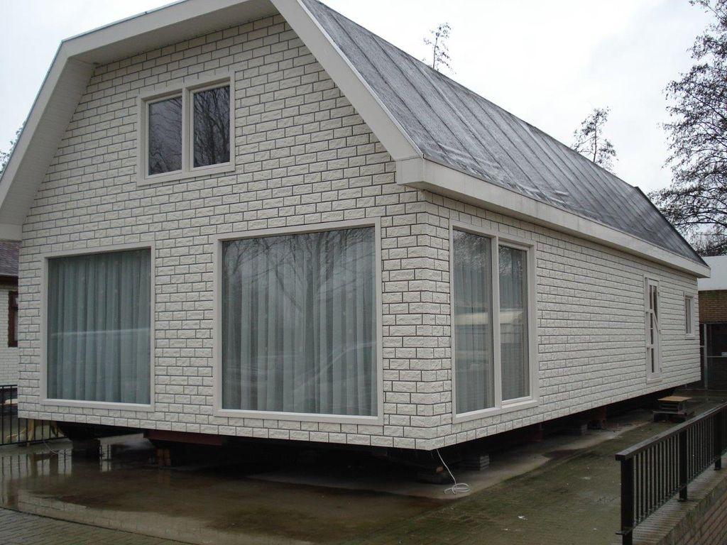 Budynek jednorodzinny w Holandii z oknami IDEAL 4000 NL
