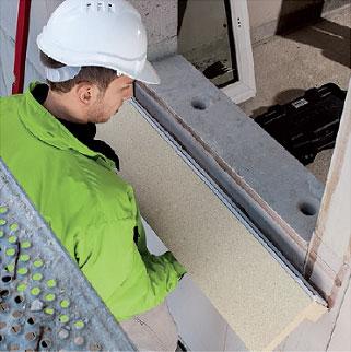 Klejenie kątownika instalacyjnego PR010 do muru. Montaż okien w ociepleniu illbruck MOWO.
