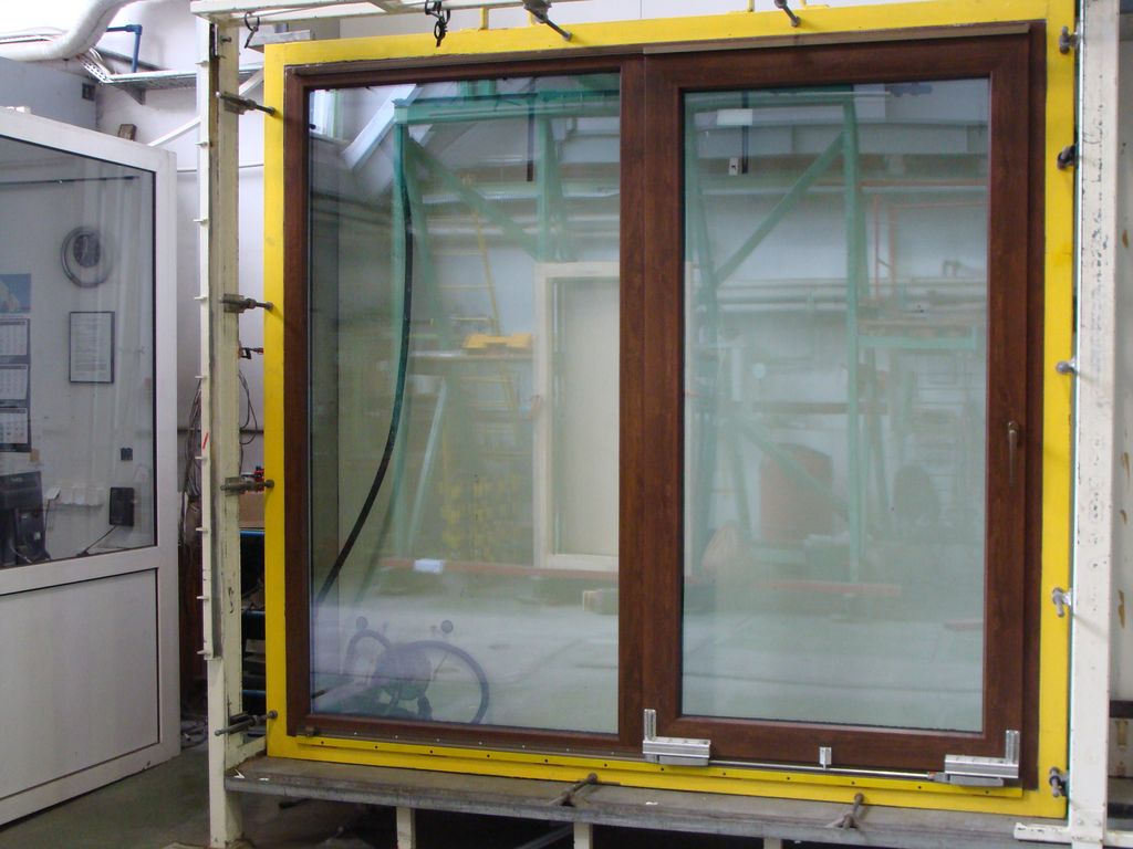 Drzwi balkonowe PSK VIDOK PATIO na stanowisku badawczym ITB