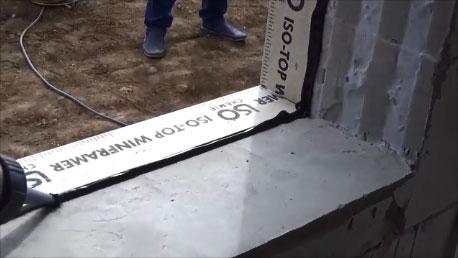Dodatkowe uszczelnienie połączenia styku elementu nośnego Iso-Top Winframer ze ścianą konstrukcyjną