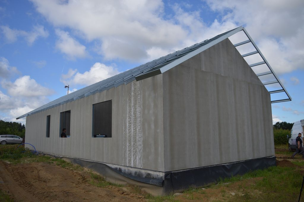 Jednorodzinny dom mieszkalny o stalowej konstrukcji szkieletowej