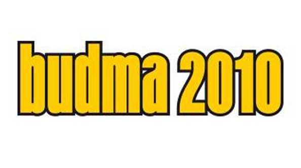 BUDMA 2009. Czarna dziura z PVC
