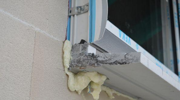 """""""Ciepły montaż okien""""? Nie daj się nabrać!"""
