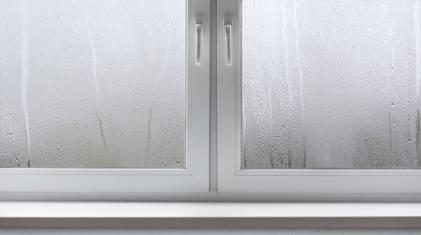 Dlaczego okna parują od zewnątrz