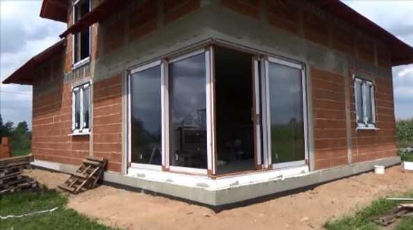 FIX - montaż narożnych drzwi balkonowych HST