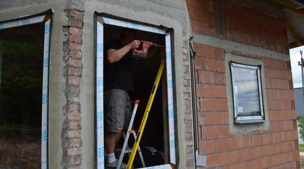 FIX uszczelnia okna powłoką SP 925 Tremco-illbruck
