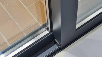 Jakie szyby do drzwi balkonowych HST?