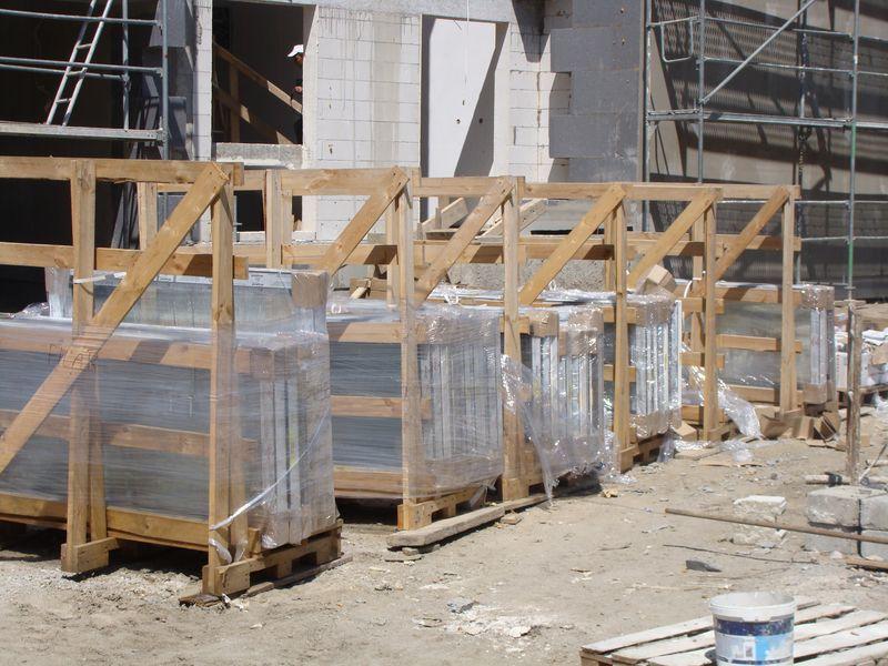 Okna Elwiz Energio Passiv sposób składowania na placu budowy