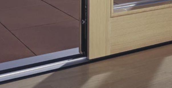 Drzwi niskoprogowe HST. Przykład funkcjonalnego niskiego progu drzwi unośno-przesuwnych HST.