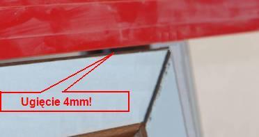 ugięta rama ościeżnicy okna