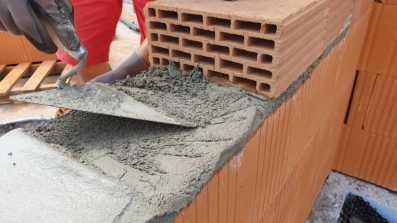 Przygotowanie części progowej otworu do montażu okna z wykorzystaniem nowego pustaka ceramicznego Porotherm 25cm