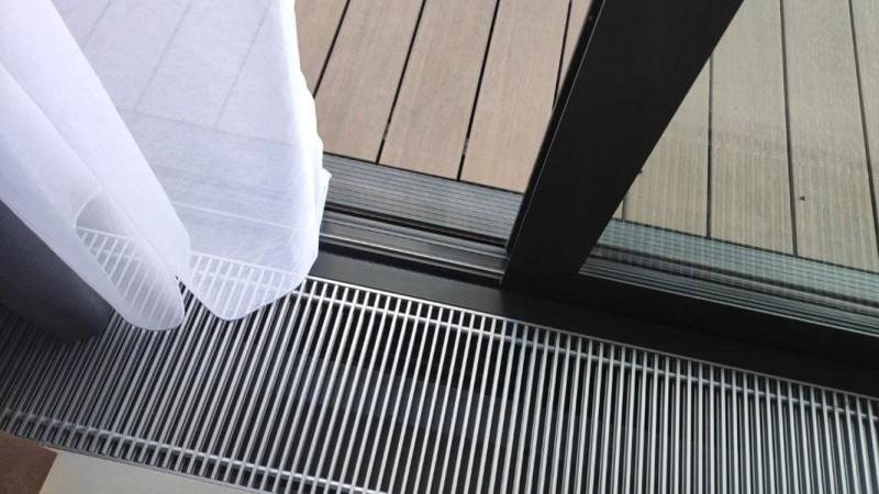 Kanał nadmuchowy – sposób na zaparowane szyby (zdjęcie własność YAWAL)