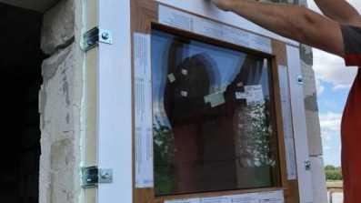 Montaż okien i drzwi HST przy użyciu ECO-TERM