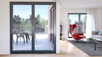 Salon wyposażony w okna i drzwi balkonowe Oknoplast Pixel