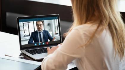 Z widokiem na XXI wiek. Czy okna i drzwi można kupić przez... Internet?