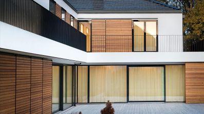 Pinus Total Glass okna drewniane w szklanej okładzinie