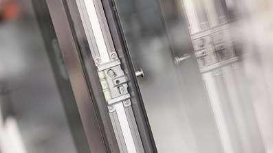 Przesuwne drzwi tarasowe z okuciem Roto Patio Inowa w aluminium z certyfikatem RC2