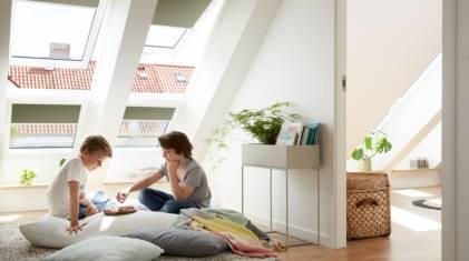 Jakie rolety wybrać na okna dachowe?