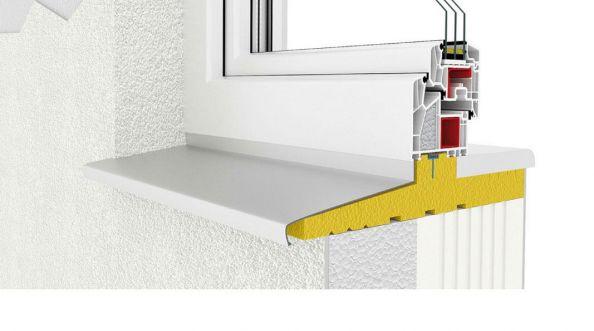 Montaż okna z użyciem ciepłego parapetu